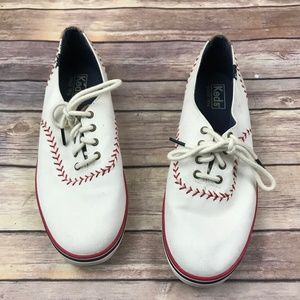 Keds White Baseball Stitched Tennis Shoes